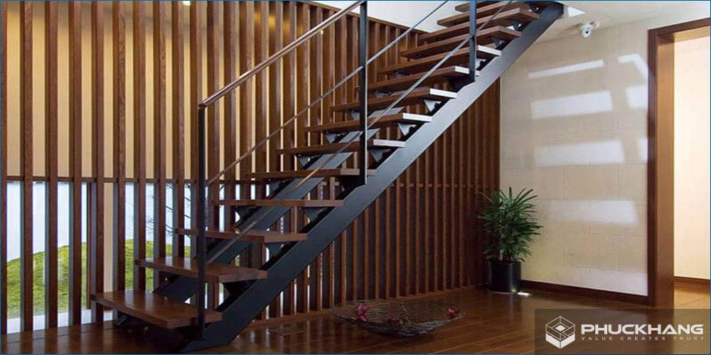ưu điểm của cầu thang sắt